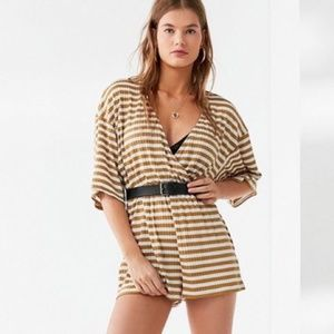 New Urban Outfitters Maize Striped Romper L